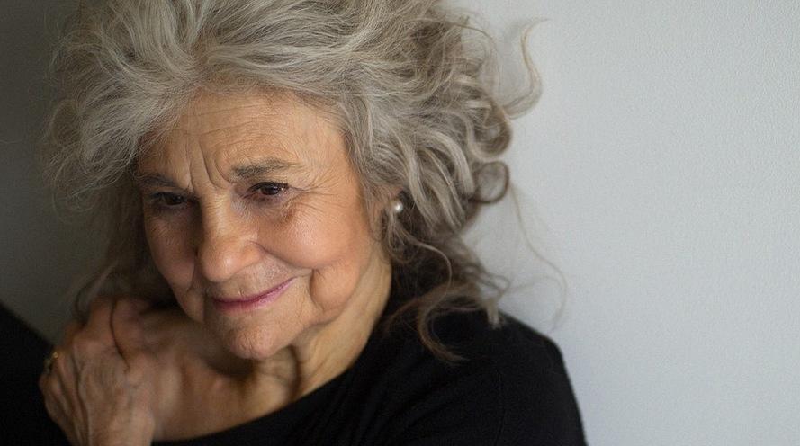 Lynn Cohen Mags