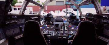 Star Wars: The Force Awakens: millennium falcon