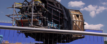 Star Wars: The Force Awakens: daisy ridley in millennium falcon rig