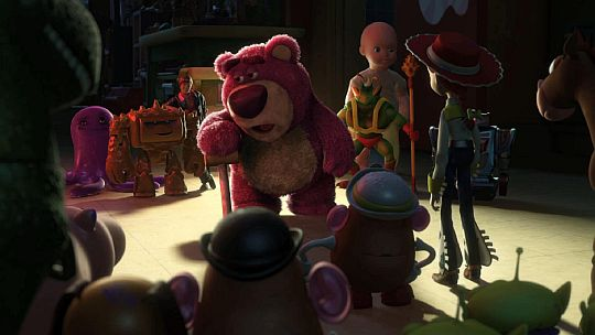 Toy-story-3-lotso_and_gang