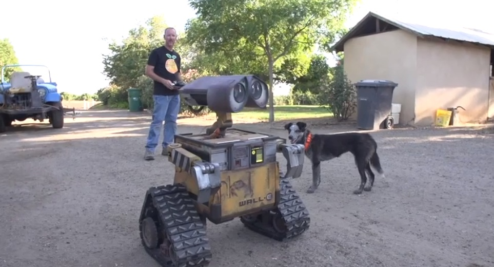Cool Stuff: Man Builds Life-Size Working Replica of WALL-E – /Film