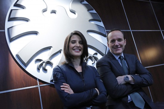 agents-of-shield-set-photo-cobie-smulders-clark-gregg
