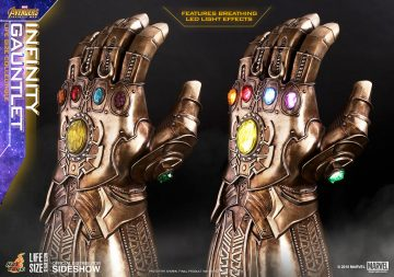 Avengers Infinity War - Sideshow Collectibles Infinity Gauntlet