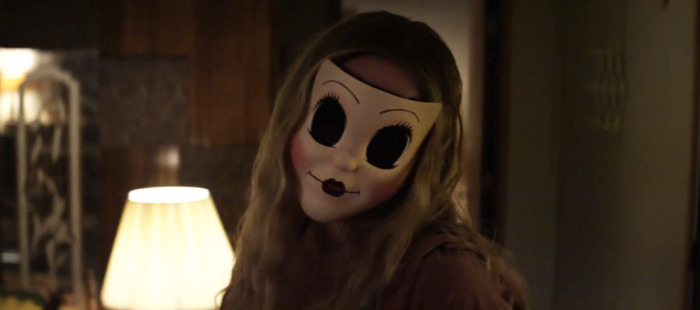 The Strangers 2: Prey at Night Trailer