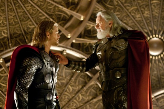 The Avengers : Iron-Man, Thor, Cap... Thor-high-res-1-550x366