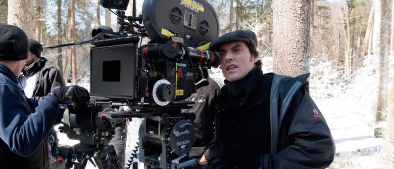 Joe Wright directing Hanna
