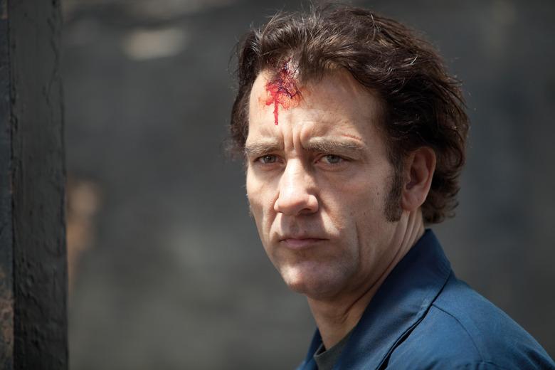 Clive Owen in Blood Ties