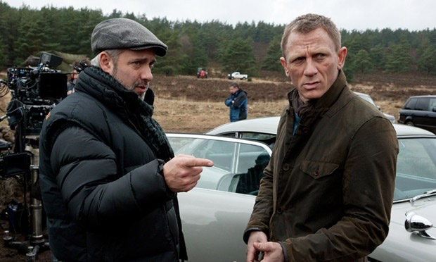 Sam Mendes and Daniel Craig on Skyfall set