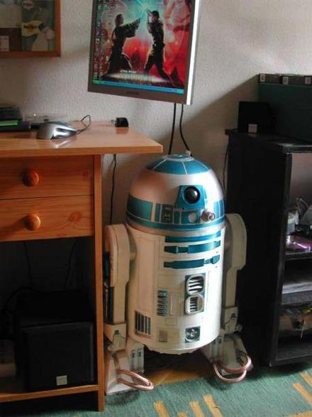 Cool Stuff: R2-D2 PC Case Mod