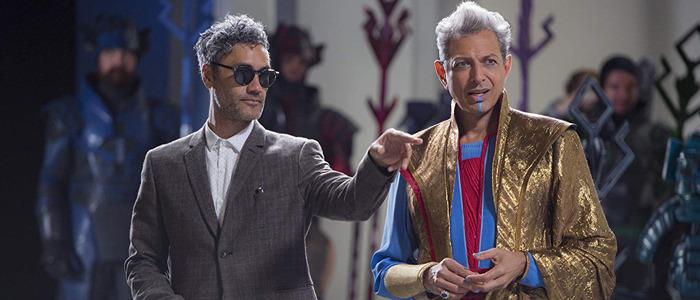Taika Waititi Jeff Goldblum on set
