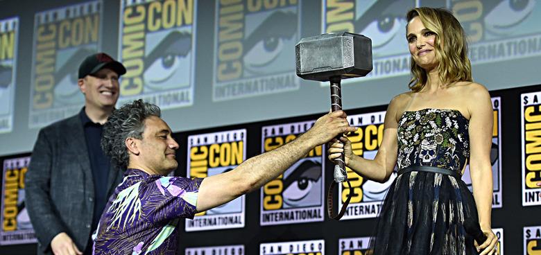 Thor: Love & Thunder - Natalie Portman with Mjolnir