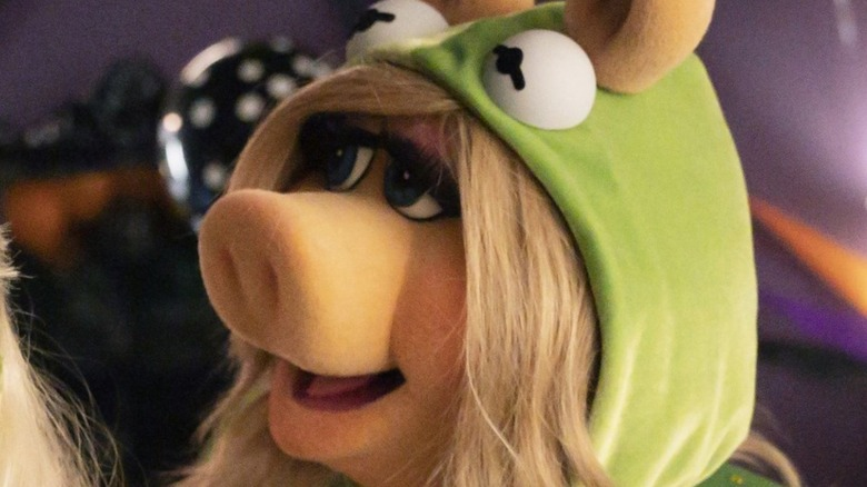 Easter Eggs And References In Muppets Haunted Mansion You May Have Missed