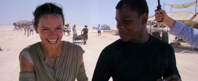 Star Wars: The Force Awakens: john boyega and daisy ridley