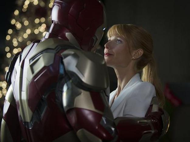 Iron Man 3 Official Embrace