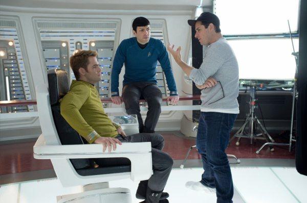 Star Trek Into Darkness - Pine, Quinto, Abrams 1