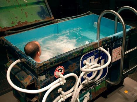 de-broin-hot-tub