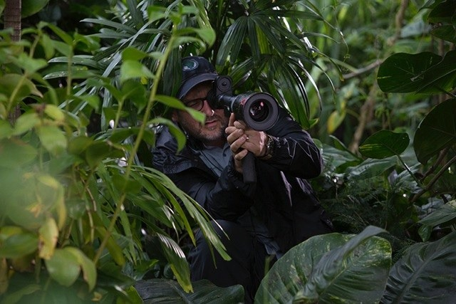 Colin Trevorrow behind the scenes on Jurassic World Jurassic World plot details