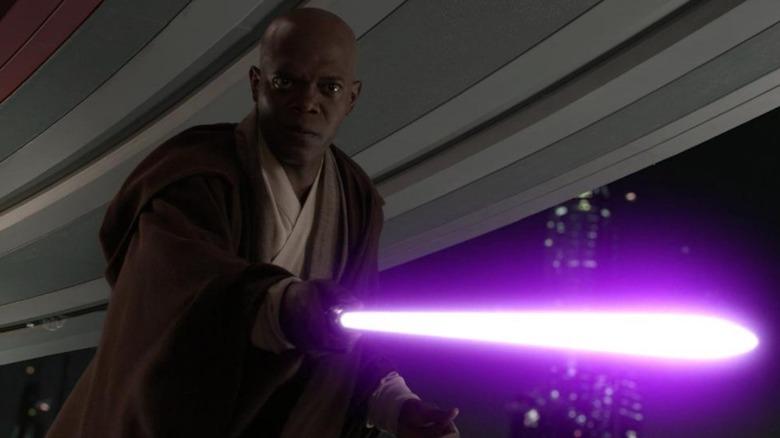 Mace Windu pointing his lightsaber