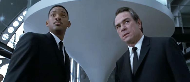 Men in Black Honest Trailer