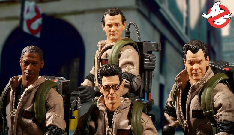 Mezco Toys Ghostbusters Figures