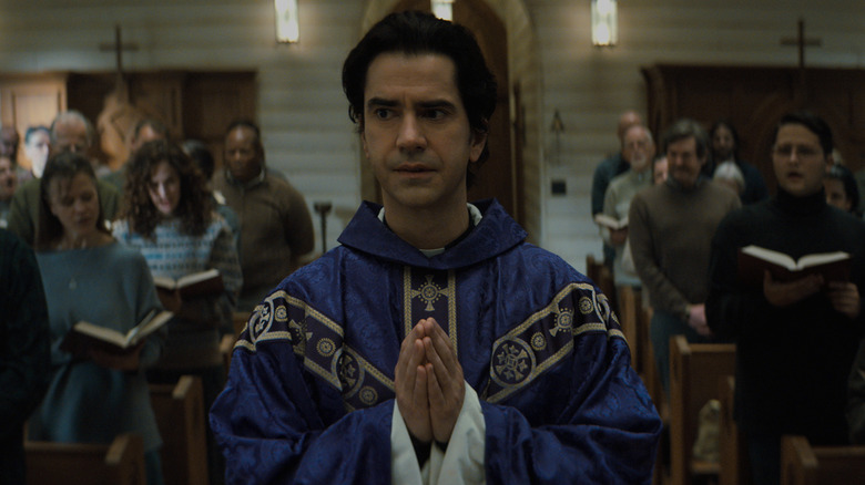 Midnight Mass Team Making Fall Of The House Usher Horror Series At Netflix
