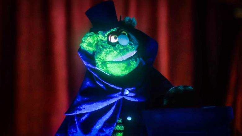 Muppets Haunted Mansion Trailer: Gonzo And Pepe Try To Survive The Night (And Ghost Puns)