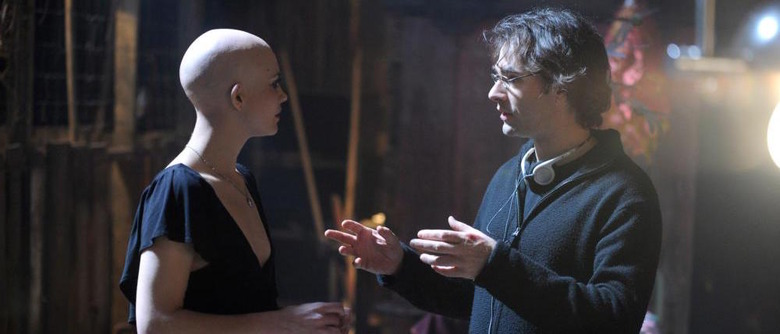 Vincenzo Natali directing Splice