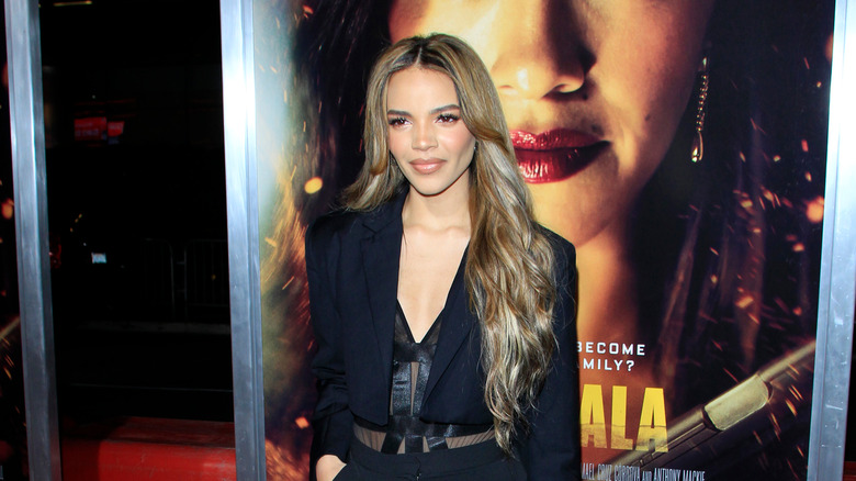 New Batgirl Actress Leslie Grace Says Being Cast  Actually Broke  Her Brain