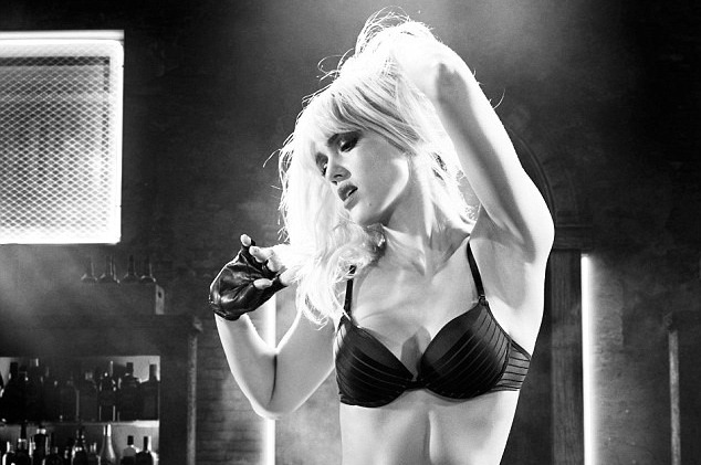 Sin City A Dame to Kill For - Nancy