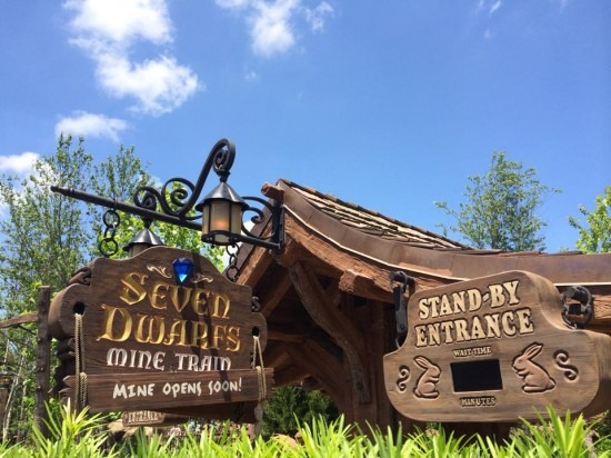 Seven Dwarfes Mine Train Entrance