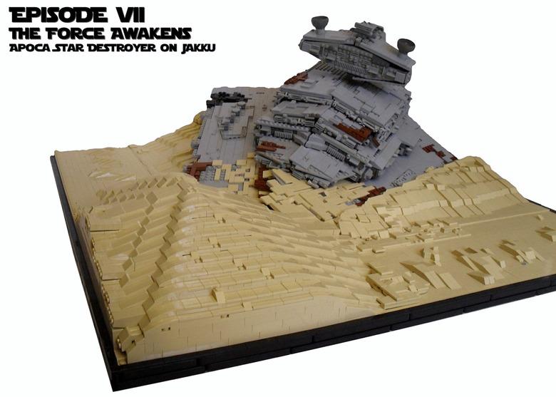 Star Wars: The Force Awakens Apoca Star Destroyer on Jakku created by KevFett2011 with 12,000 lego bricks