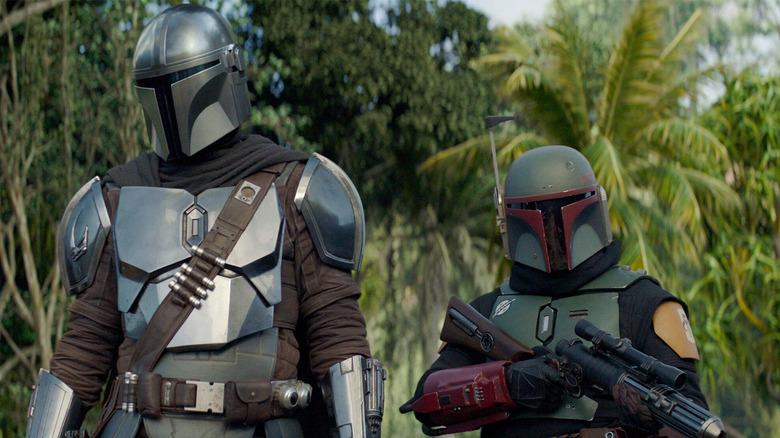Star Wars Bits: Galaxy Of Creatures, Obi-Wan Kenobi, The Mandalorian, War Of The Bounty Hunters, And More!