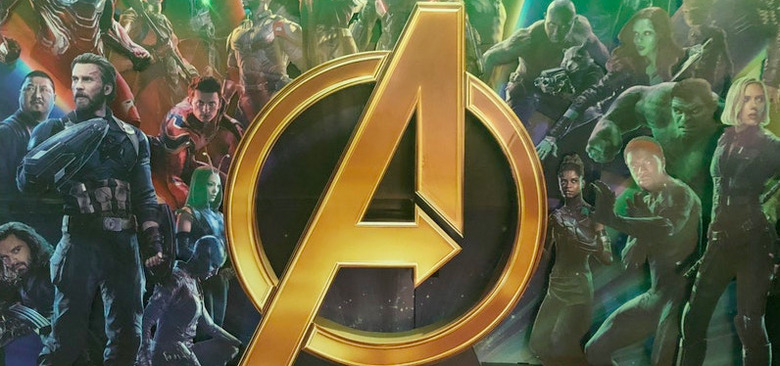 Avengers Infinity War Standee