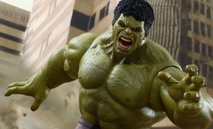Hot Toys Avengers Hulk 2