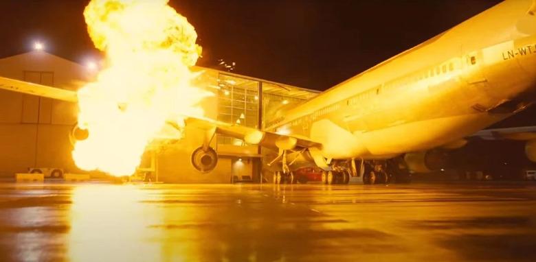 Tenet Plane Crash