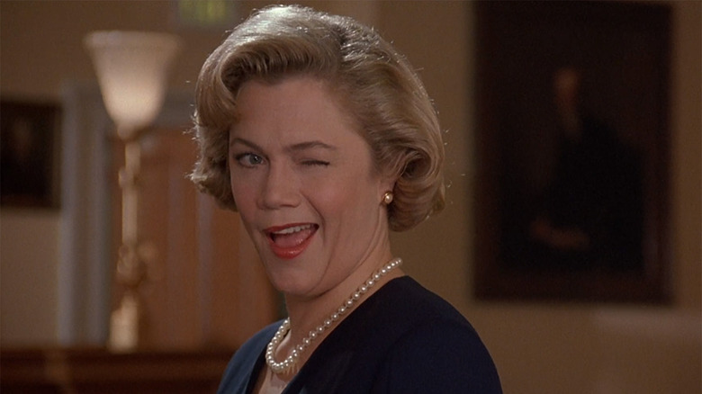 The Daily Stream: Serial Mom Is John Waters  Moral Murder Masterpiece