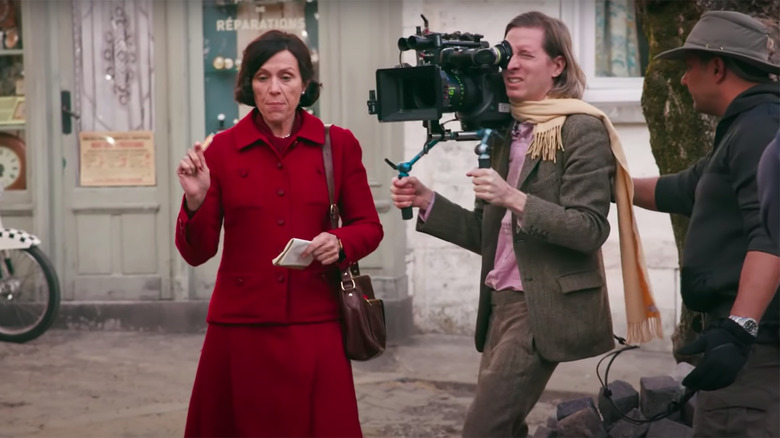 The French Dispatch Featurette Introduces The All-Star Ensemble Of Wes Anderson s Latest Film