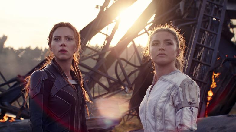 Florence Pugh and Scarlett Johansson