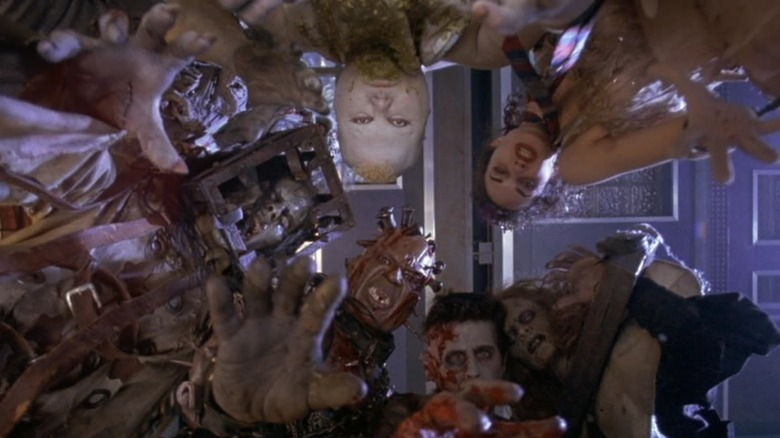 The Scariest Scene In Thir13en Ghosts Hinges On One Of Its Most Frightening Characters