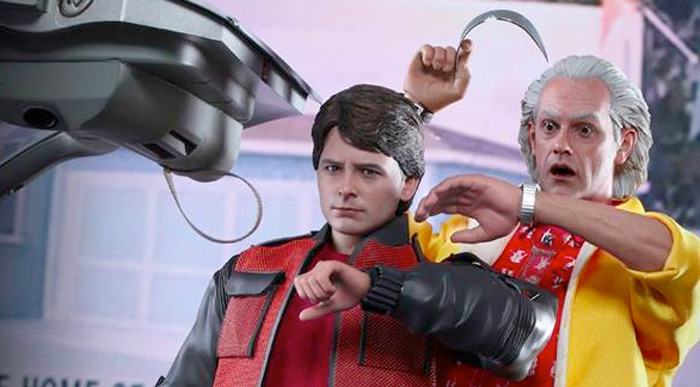 bttf2-hottoys-doc-marty-frontpage