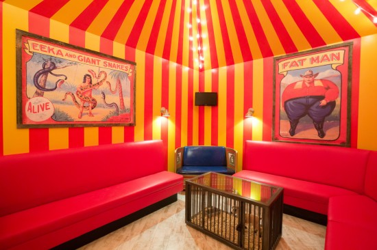 Highball Karaoke Rooms: Freaks