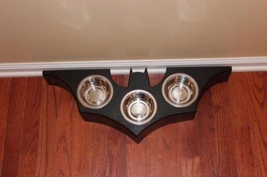 Bat-Symbol-Food-Dish