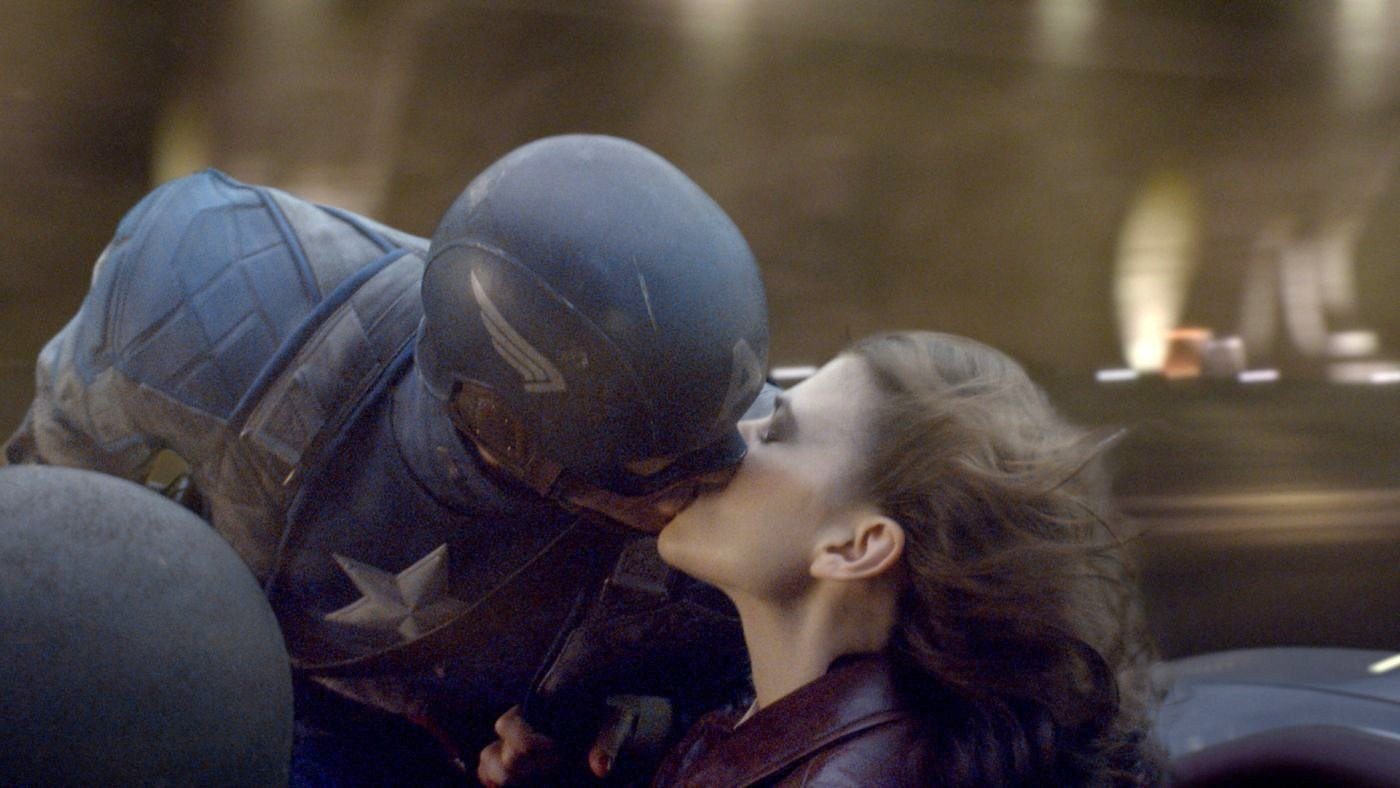 Captain America And Captain Marvel Kiss