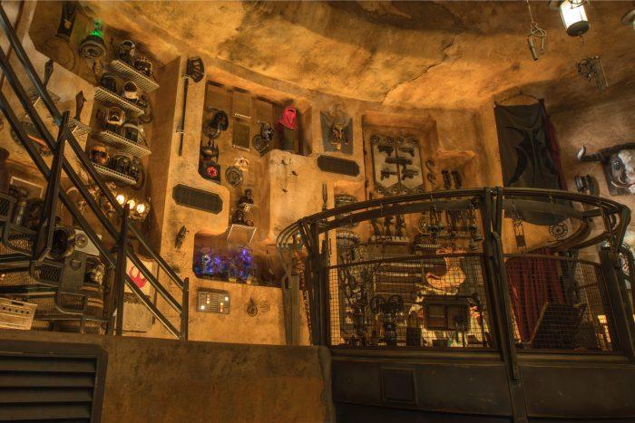 Dok-Ondar's Den of Antiquities