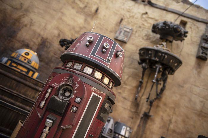 Galaxy's Edge droids