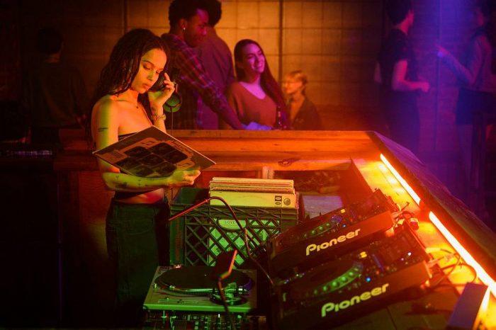 High Fidelity Zoe Kravitz DJ