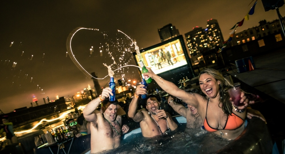 New Yorkers Can Now Watch Movies From a Rooftop Hot Tub – /Film
