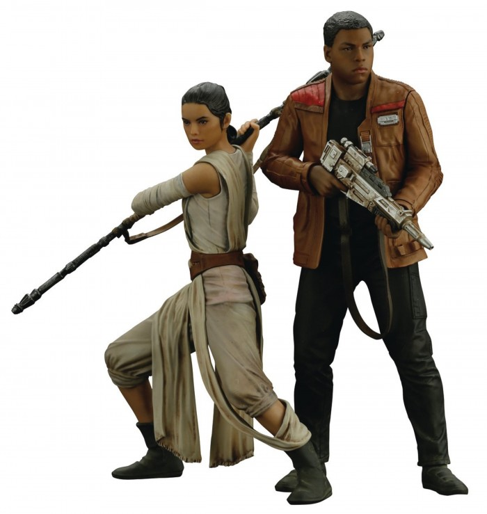 Kotobukiya Star Wars Force Awakens Rey & Finn Artfx Statue Set