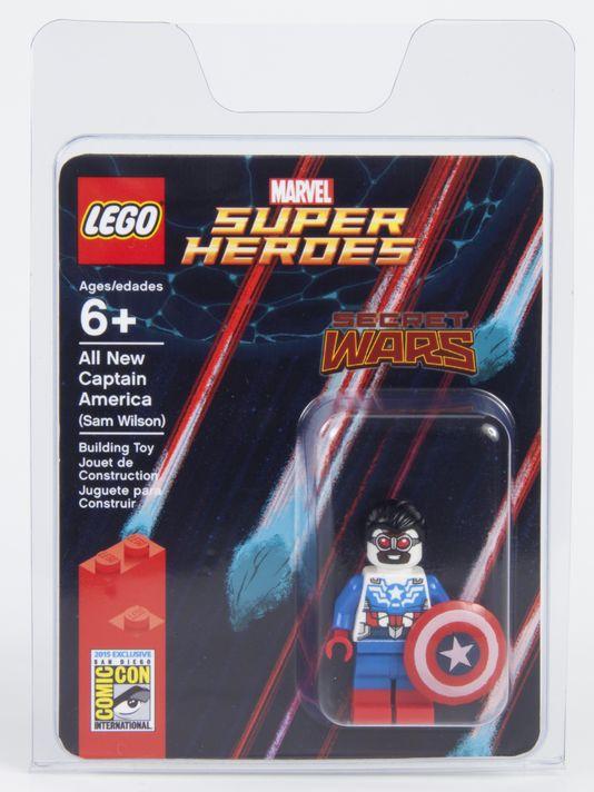 Sam Wilson Lego SDCC
