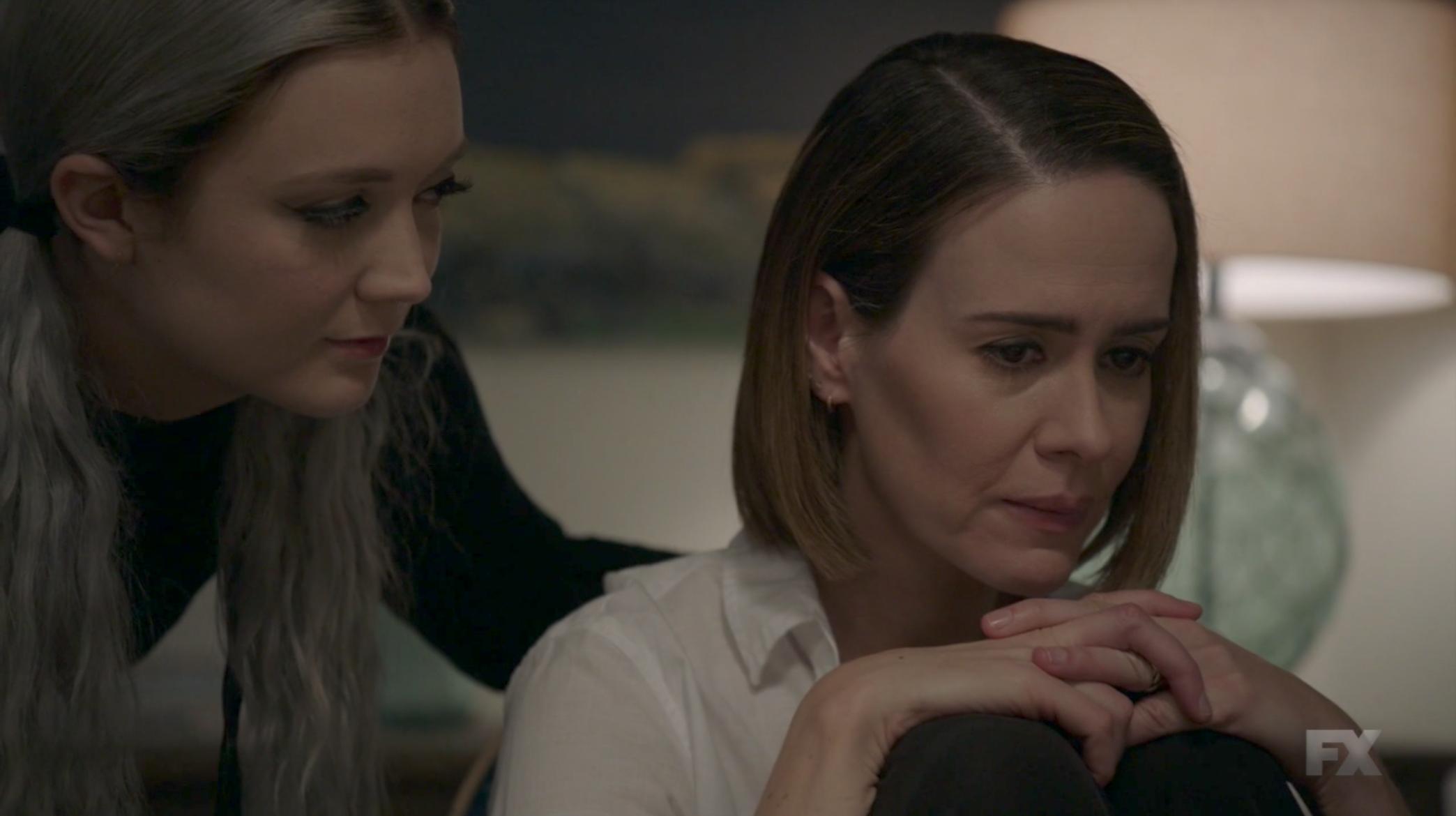 American Horror Story Lesbian Scene